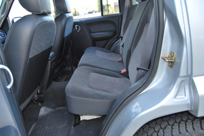 jeep liberty 2002 2011 iggee s leather custom fit seat cover 13 colors. Cars Review. Best American Auto & Cars Review