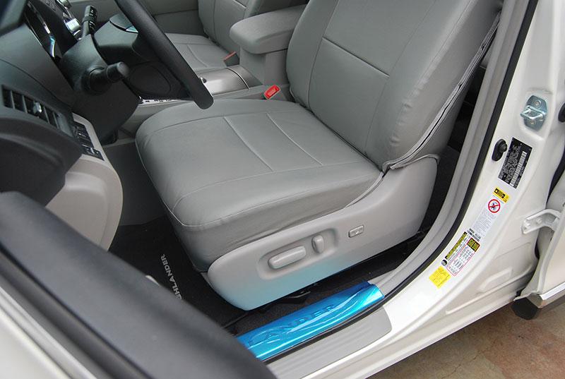 toyota highlander 2011 2013 leather like seat cover ebay. Black Bedroom Furniture Sets. Home Design Ideas