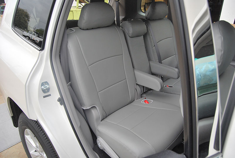 Toyota highlander seat covers фото