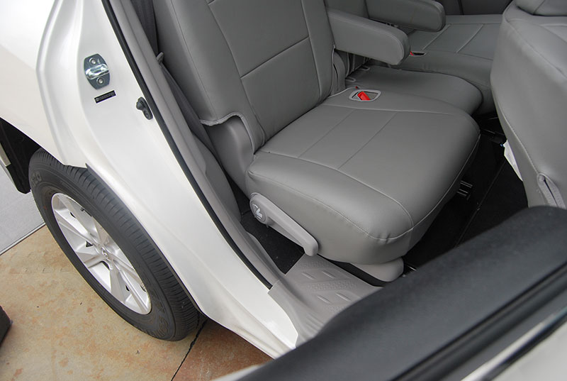 toyota highlander 2011 2013 iggee s leather custom seat cover 13colors available ebay. Black Bedroom Furniture Sets. Home Design Ideas